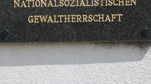 """""""Die NS-Opfer von Podersdorf"""" taj / und Kenvakeri presentacija – Buchpräsentation """"Einfach weg!"""" – Romasiedlungen im Burgenland"""