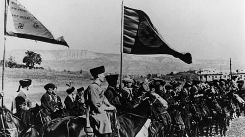 Diskussion über das Denkmal zu Ehren eines Generalmajors der Waffen-SS in Tristach, Osttirol