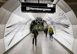 Denkmal in U-Bahn-Station: Herminengasse