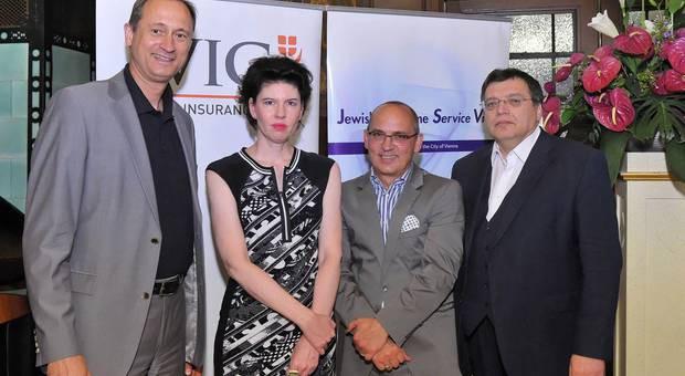 v. l.:Kulturstadtrat Dr.Andreas Mailath-Pokorny, Mag.a Susanne Trauneck, Generalsekretärin des Jewish Welcome Service, Preisträger Dr. Robert Streibel, Dr. Gerhard Baumgartner (DÖW)