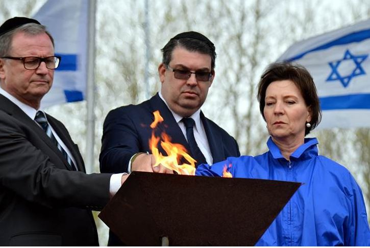 v. l: Karlheinz Kopf (Zweiter Präsident des Nationalrates); Oskar Deutsch (Präsident der IKG Wien) und BM Gabriele Heinisch-Hosek (Foto: Yossi Zeliger/March of the Living)