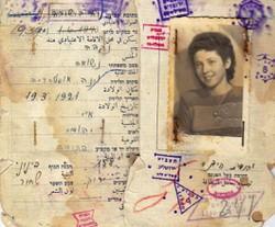 Für viele jüdische Flüchtlinge aus Österreich wurde Israel zur neuen Heimat (hier im Bild: Jehudith Huebners erster israelischer Ausweis).
