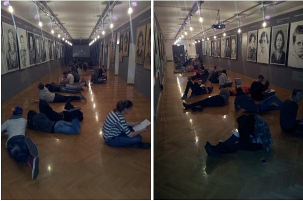 SchülerInnen der 1 EHH/2 EHH der HAK 1 International Klagenfurt arbeiten zu den Bildern von Manfred Bockelmann