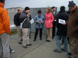 Yariv Lapid an der Gedenkstätte Mauthausen beim FRA-Workshop im März 2012