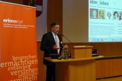 Die neue Lernwebsite wurde am 11. März 2018 am ZeitzeugInnen-Seminar von _erinnern.at_ in Salzburg vorgestellt. MR Mag. Manfred Wirtitsch, Leiter der Abteilung Unterrichtsprinzipien und überfachliche Kompetenzen, eröffnete die Präsentation.