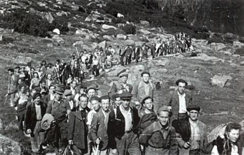 Der Aufstieg vom Krimmlertal durch das Windbachtal, auch bei Schönwetter und ohne Gepäck für Ungeübte kein Spaziergang