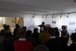 """Exkursion zur Gedenkstätte Steinhof und zur Ausstellung """"Der Krieg gegen die 'Minderwertigen': Zur Geschichte der NS-Medizinverbrechen in Wien""""."""