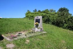 Das Grab des verstorbenen Johann Horvath befindet sich am Rande des Friedhofes.
