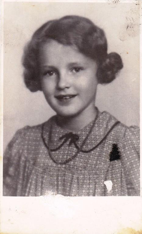 Edith Winkler, Wien, Ende der Dreißiger Jahre. (Foto: Jehudith Hübner, Jerusalem)