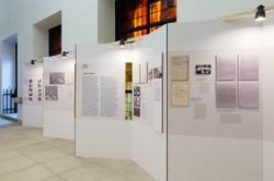 _erinnern.at_ bietet zweistündige Ausstellungsrundgänge für SchülerInnen an.