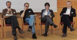 Podiumsgespräch mit v. l. Gernot Haupt, Klagenfurt (Chair); Slawomir Kapralski, Warschau; Karen Polak, Amsterdam; Oliver von Mengersen, Heidelberg