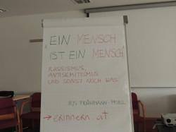 Besprechung der neuen Lern- und Lehrmittel erfolgt in mehreren Arbeitsgruppen