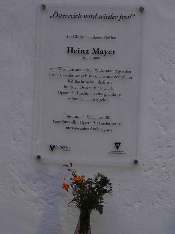 Erinnerungstafel für Heinz Mayer (Foto: Beate Eder-Jordan)