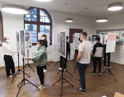 SchülerInnnen der 7. Klassen des Bundesgymnasiums Bregenz-Gallusstraße. (Quelle: Tobias Bachner)