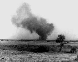 Der Aufstand bzw. die in Brand gesetzten Wachtürme waren von außerhalb zu sehen. (Foto aus dem Jüdischen Historischem Institut Warschau)