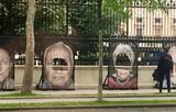 """Vandalismus an der Ausstellung """"Gegen das Vergessen"""" – Portraitfotos von Verfolgten des Nationalsozialismus zerschnitten"""