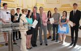 Bludenzer Gymnasiasten gewannen den Geschichtswettbewerb des Bundespräsidenten 2012/13: Identität(en) in Österreich seit 1945