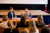 Gedenken an den Novemberpogrom: Israelische ZeitzeugInnen besuchten Schulen in Wien